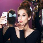 Sophia Abrahão mostra como construir sucesso na net